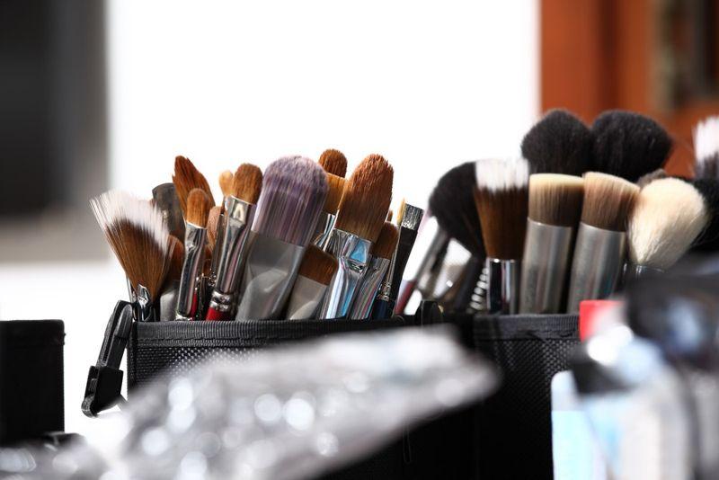 properties of coconut oil makeup