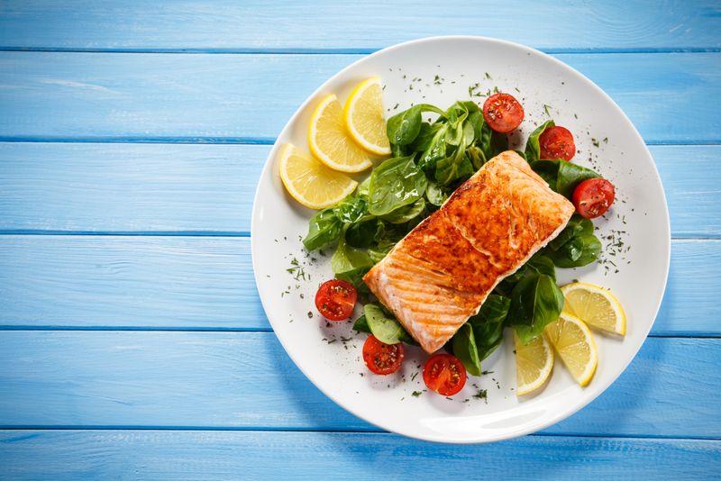 salmon olive oil