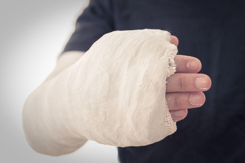 symptoms of bone cancer