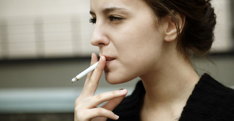 smoking ovarian cancer