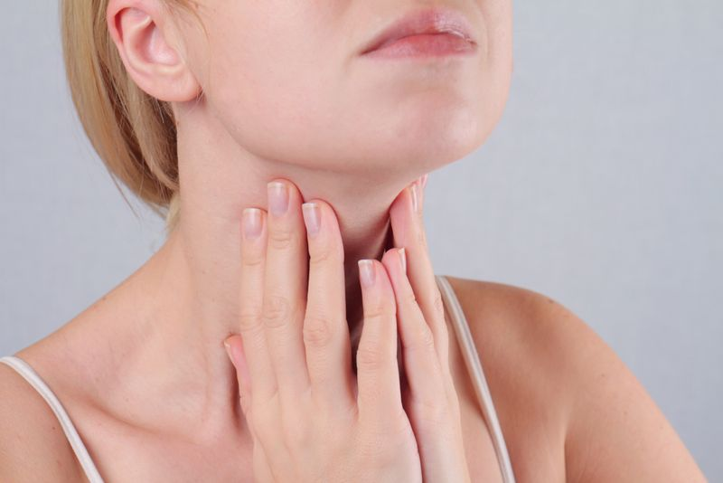 10 Symptoms of Thyroid Ailments