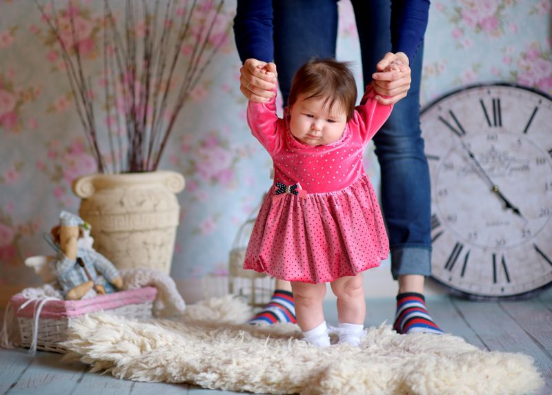 childhood symptoms of prader-willi syndrome