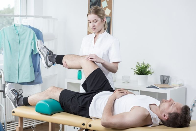 chiropractor sciatica