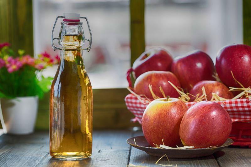 Home Remedies for Sunburn vinegar