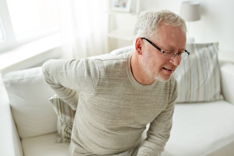 causes of hip flexor strain