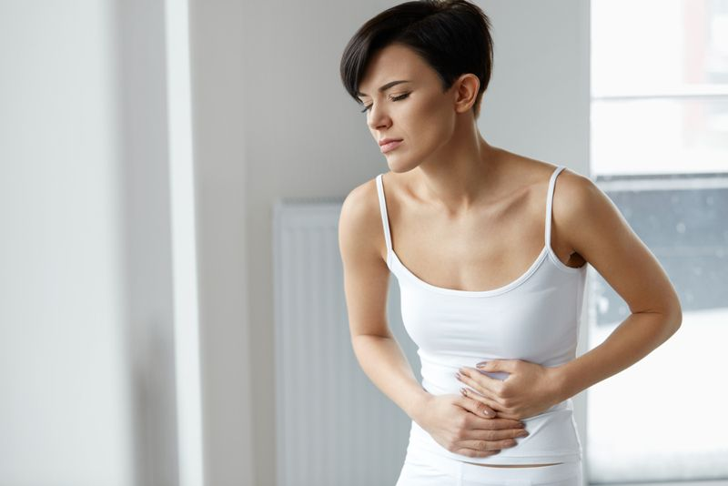 stomach issues symptoms of jet lag