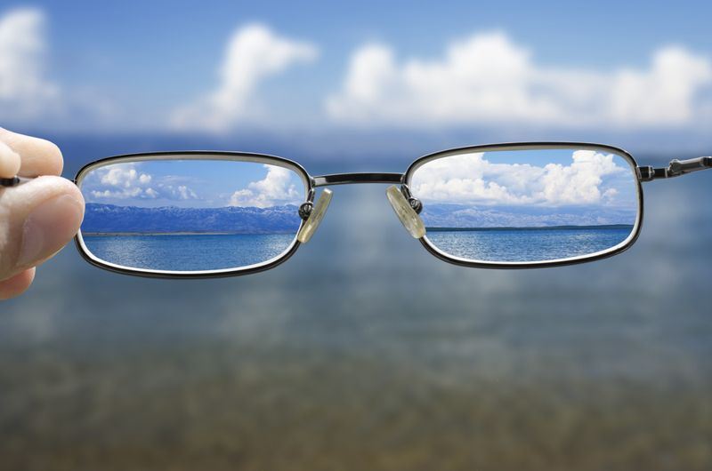 blurry symptoms of optic neuritis