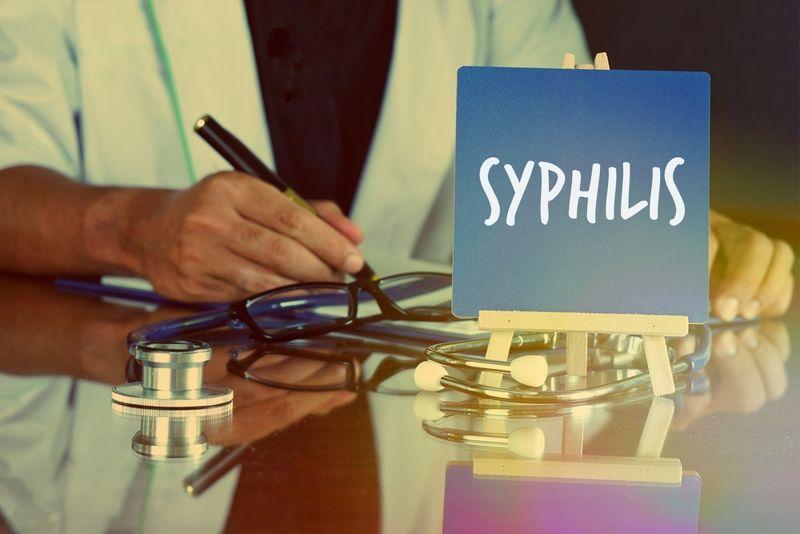 10 Symptoms of Syphilis