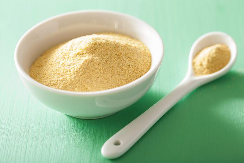 Nutritional yeast properties