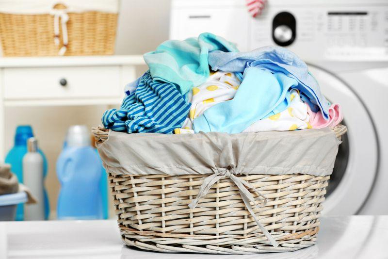 white vinegar laundry