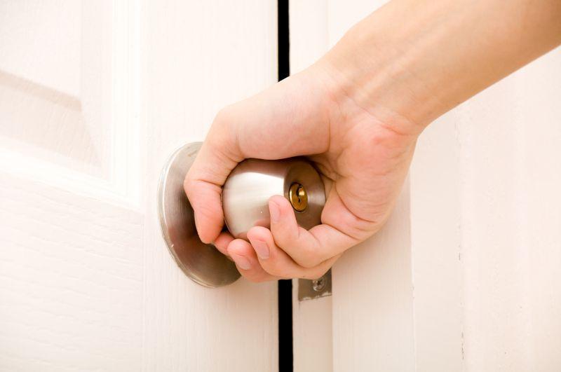 doorknob scabies