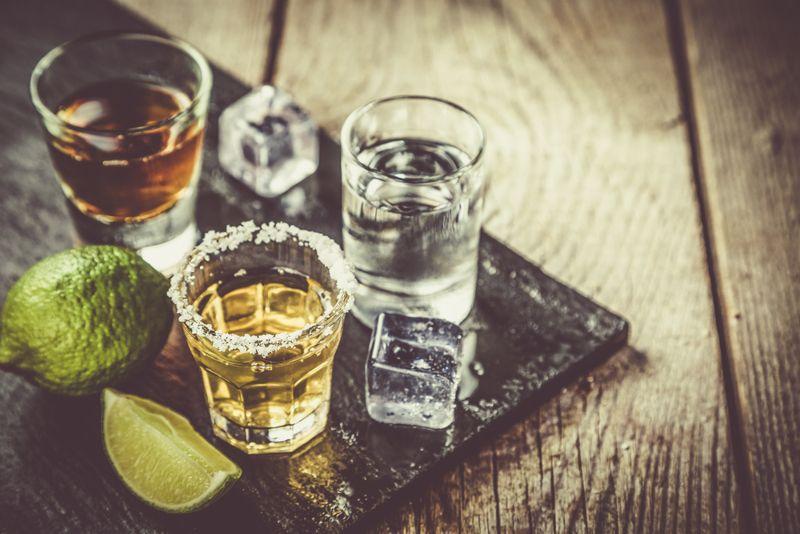 alcohol weight loss plateau