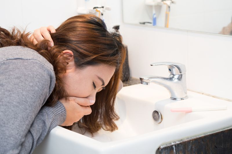 gastric ulcer symptoms