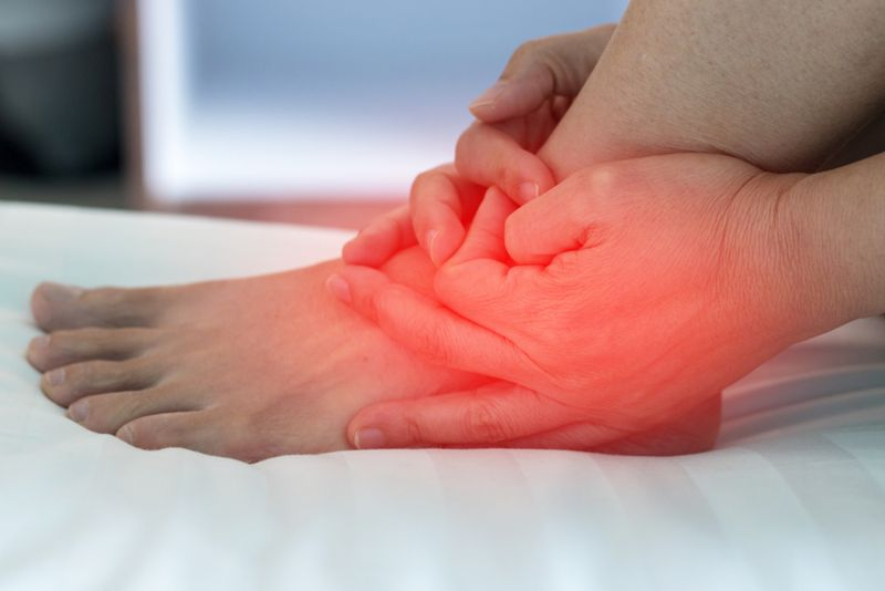 What are the Symptoms of Tendinopathy?