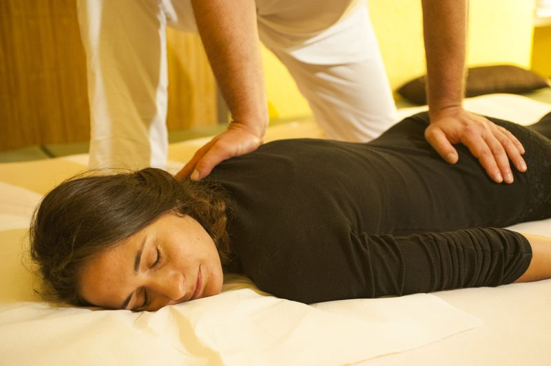 What to Expect During Shiatsu Therapy?