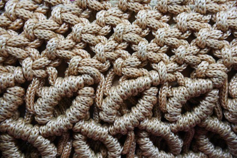 Ruffled Crochet Bag