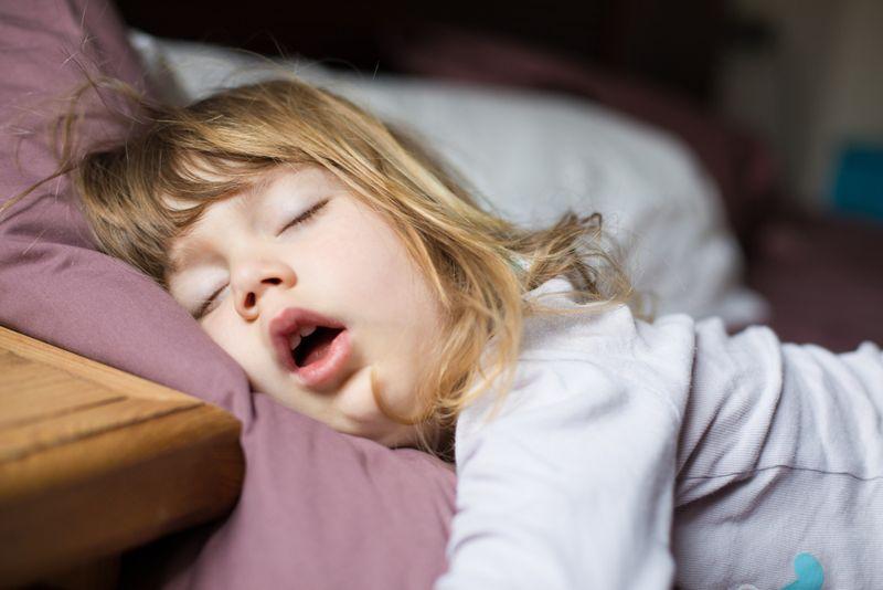 snoring tonsils
