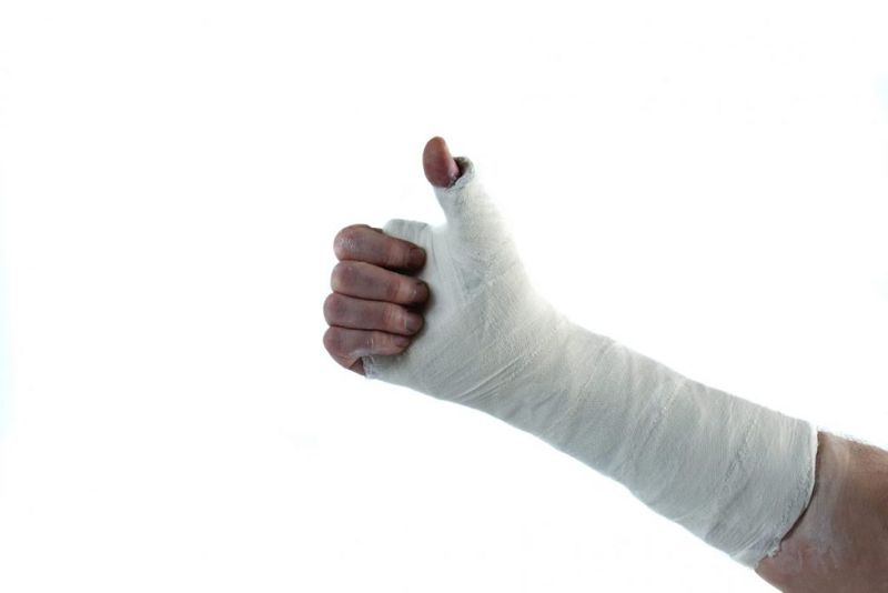 fingers skier's thumb