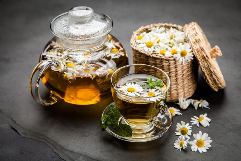 soothes chamomile tea