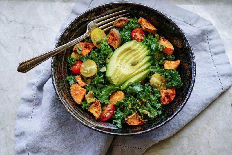 salad AIP diet
