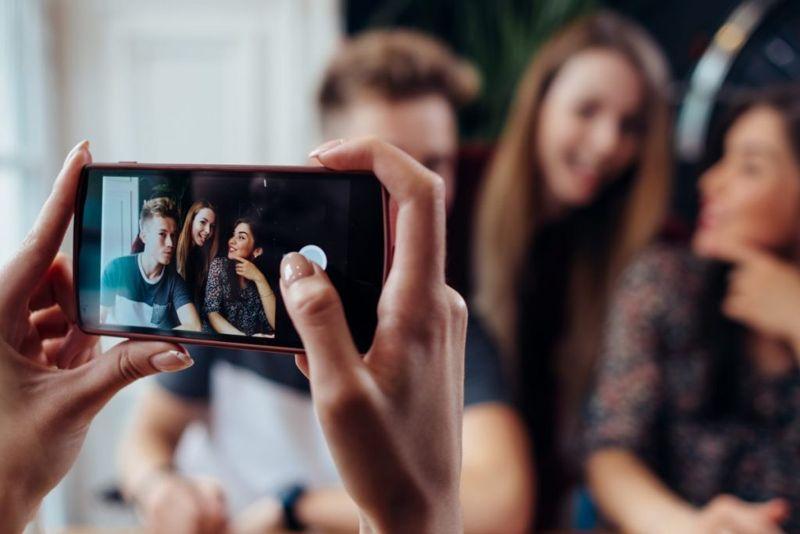 phone take photo information