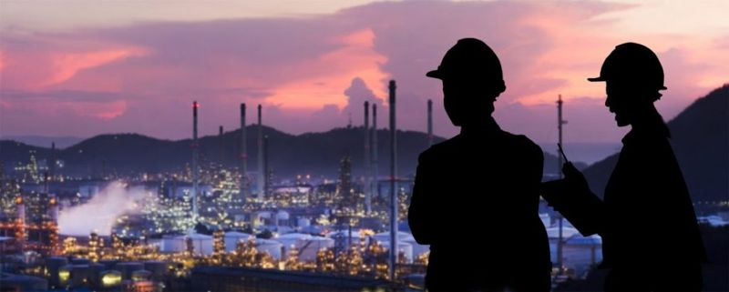 how much do Petroleum Engineers make