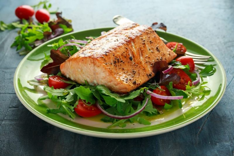 Salmon can help the lungs fight infection.