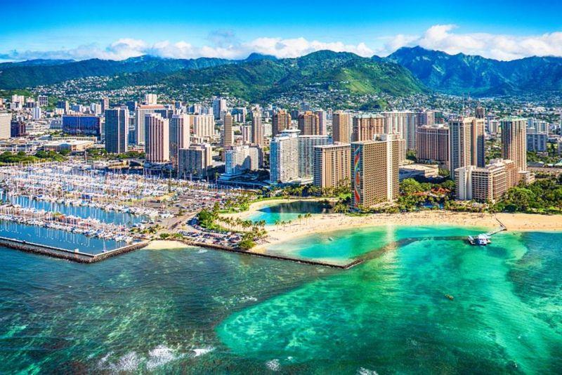 hawaii tourism tropical