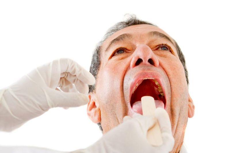Tonsil abscesses pains
