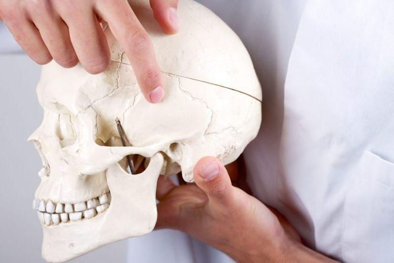 facial paralysis pains
