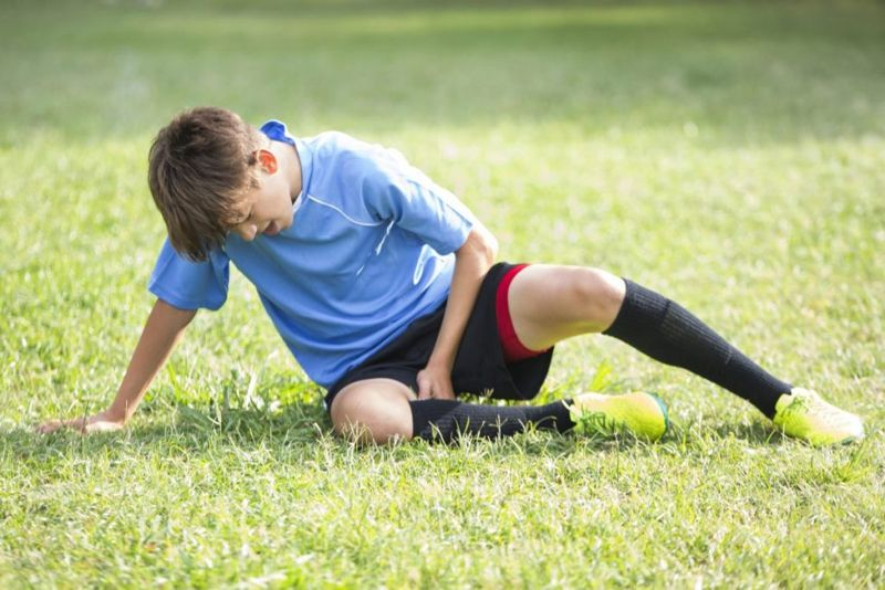 symptoms of pulled groin