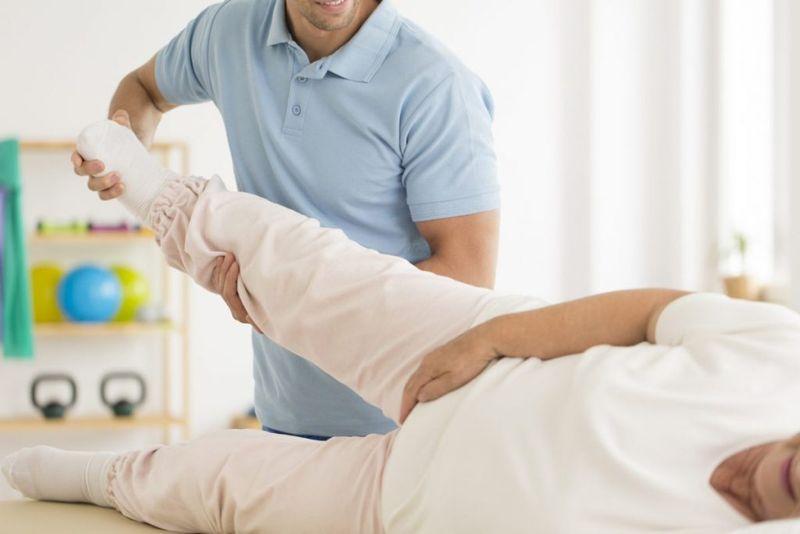 treat hip impingement