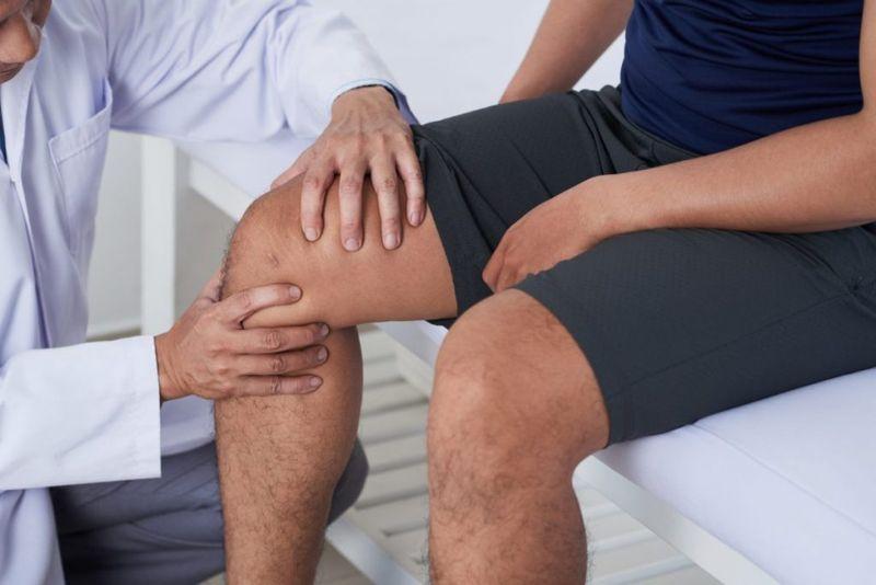 doctor athlete injury
