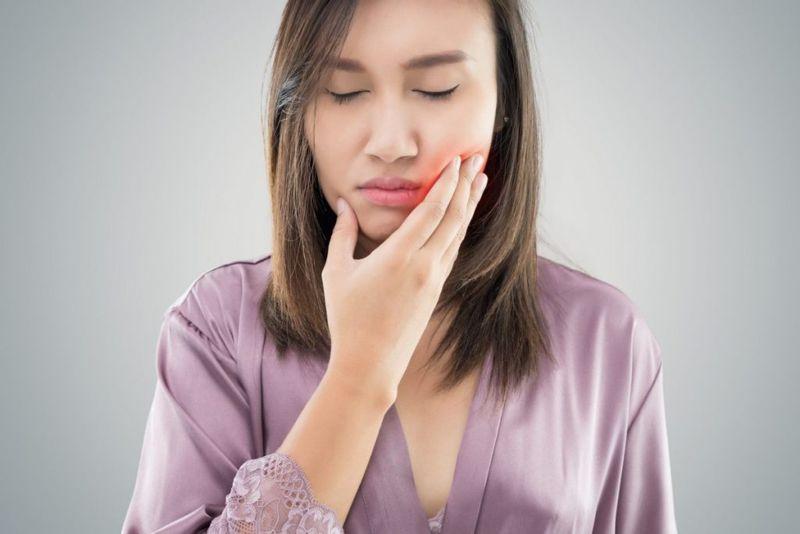symptoms of temporomandibular joint dysfunction