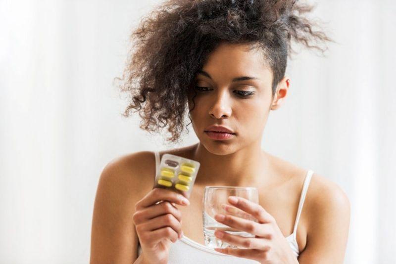 Glossitis medication