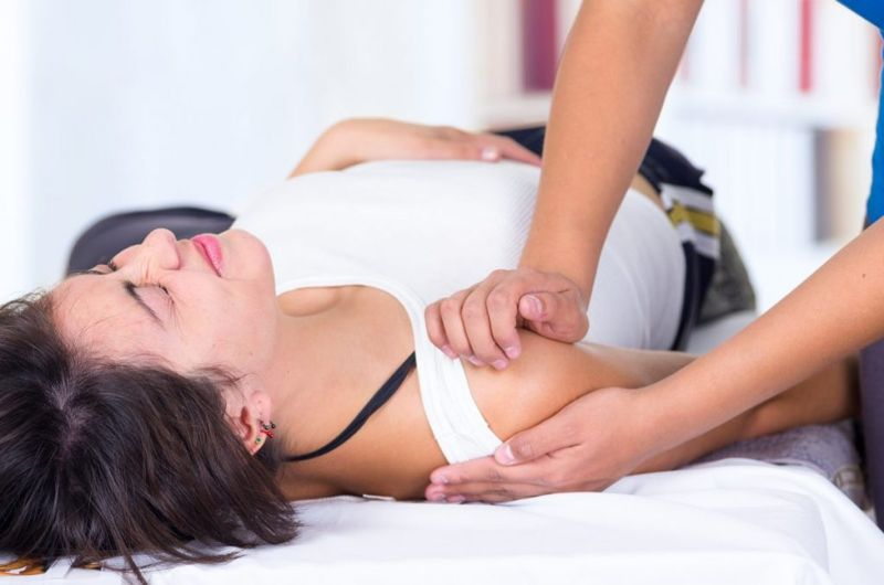 reduction shoulder subluxation