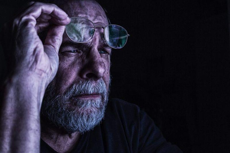 retina detect light