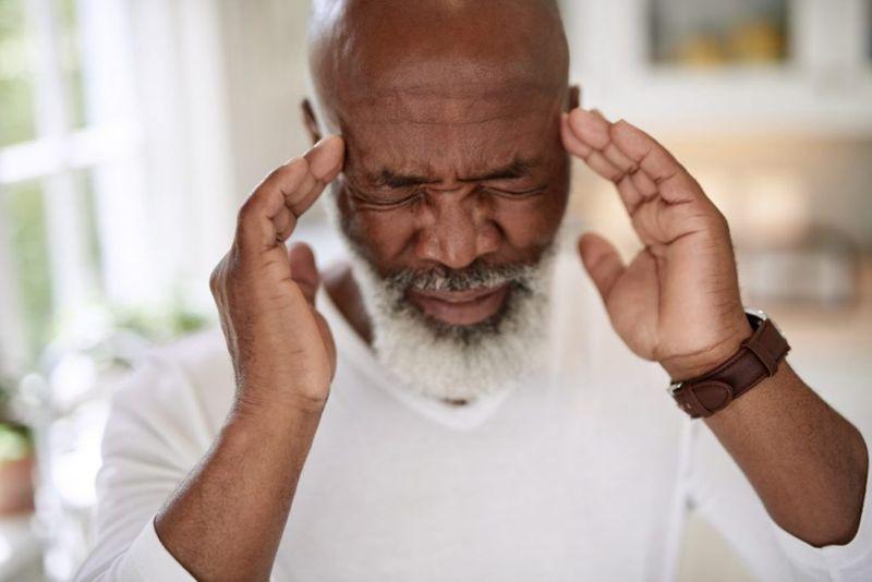 symptoms of Ice pick headaches
