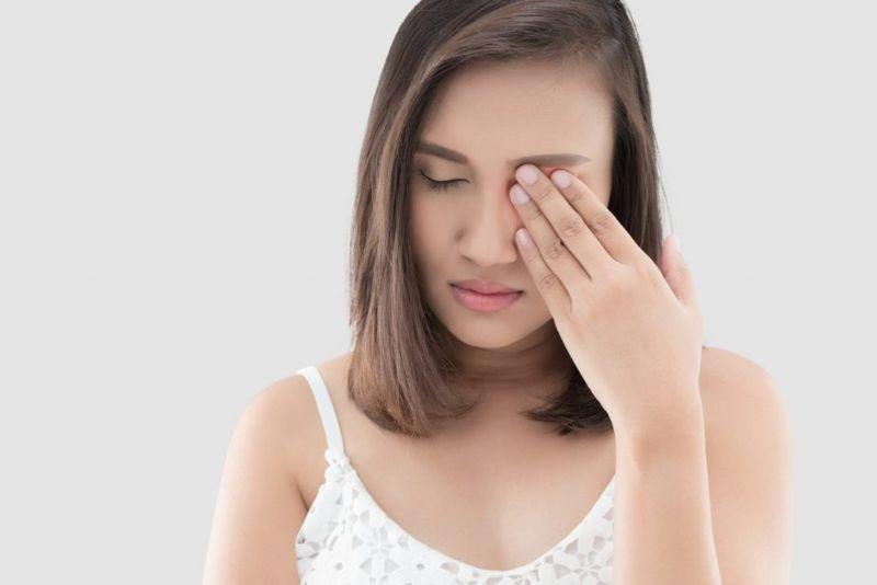 light scratched cornea