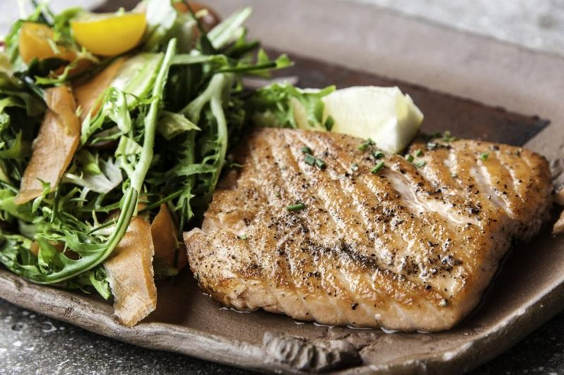herb butter salmon grilled