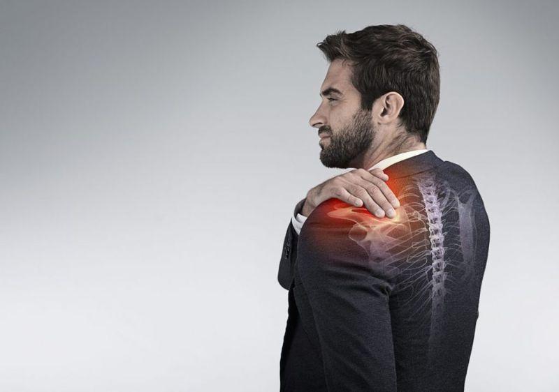 treating frozen shoulder