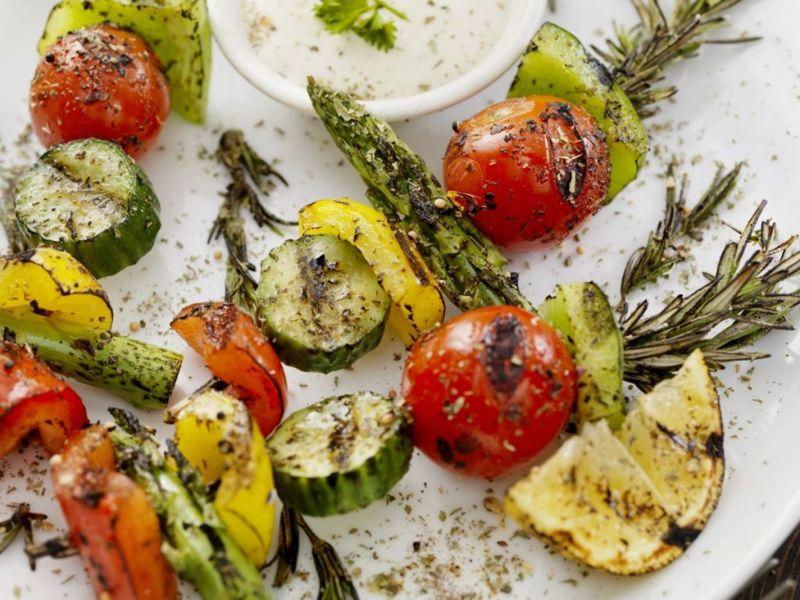healthy asparagus