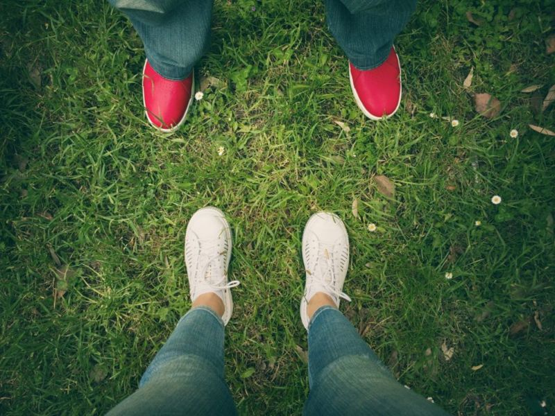 feet Body language