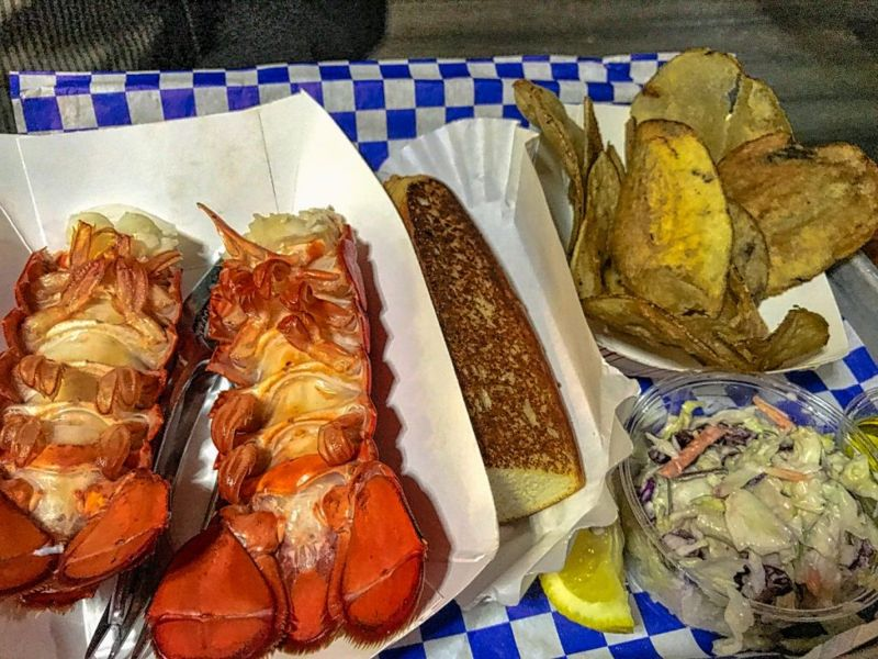 broiling lobster tail