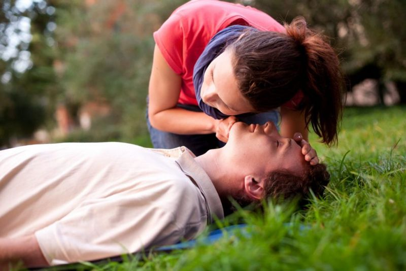 CPR reaction treatment