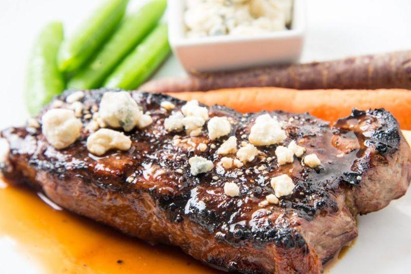 preparing steak