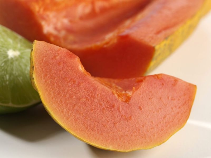 cut papaya lime juice