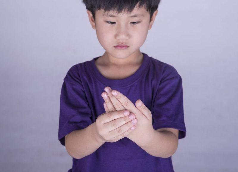 observing Symptoms of Still's Disease in children