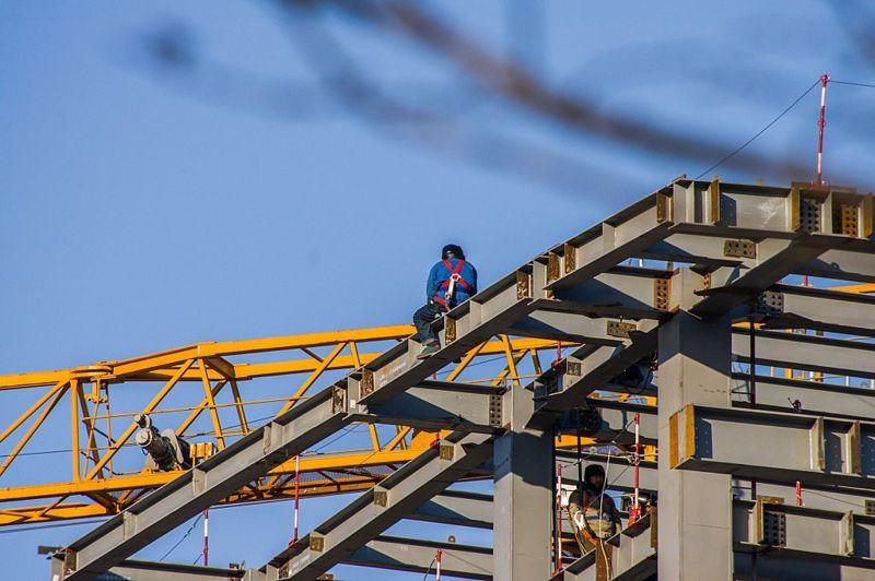 dangerous jobs metal work