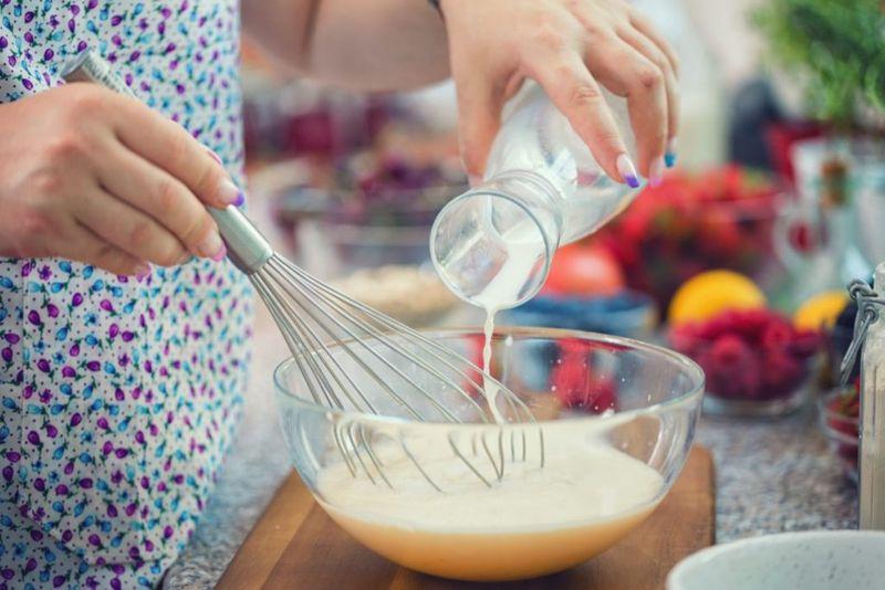 buttermilk baking pancakes